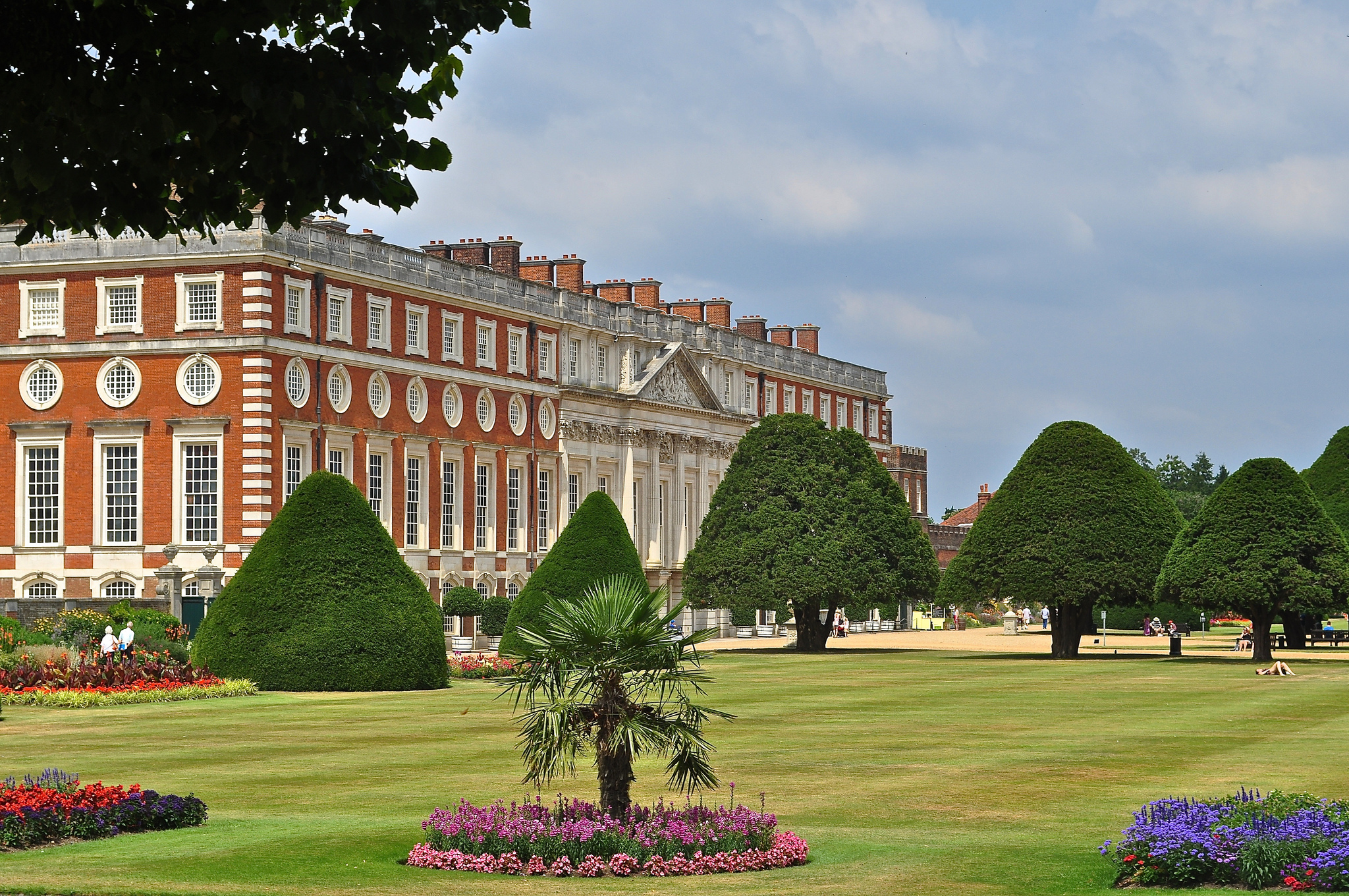 Hampton Court by Sue Lowry