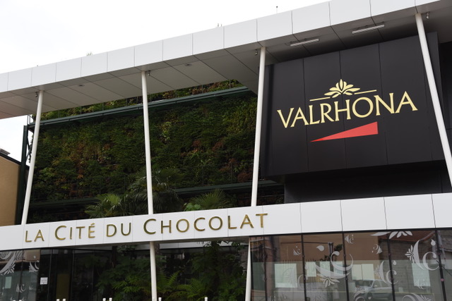 Valrhona by Sue Lowry